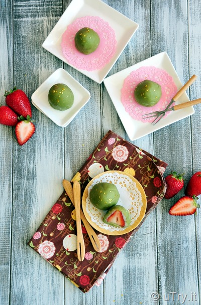 Strawberry Matcha Daifuku Mochi 草莓抹茶大福   http://uTry.it