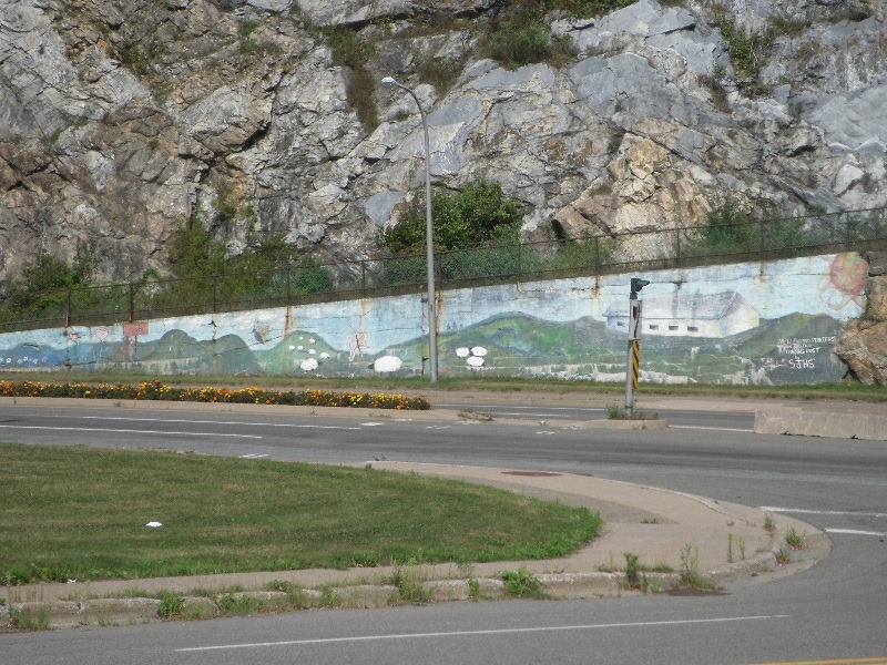 [bayoffundy.ca-STREET-ART-A-small-col%5B20%5D]