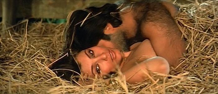 [Image: 1402051689-anil-kapoor-dimple-love-making-scenes.jpg]