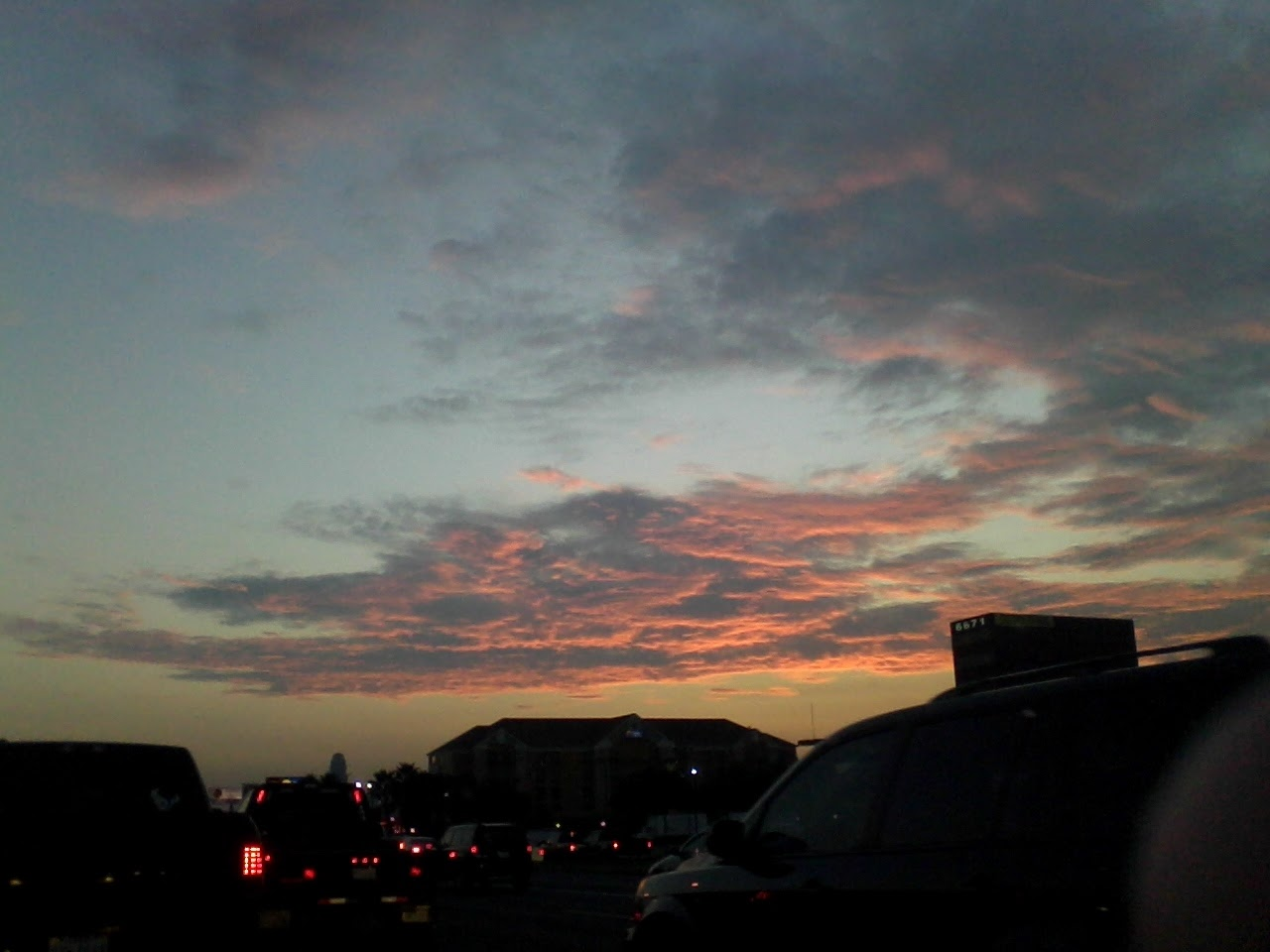 Sky - 0831065246.jpg