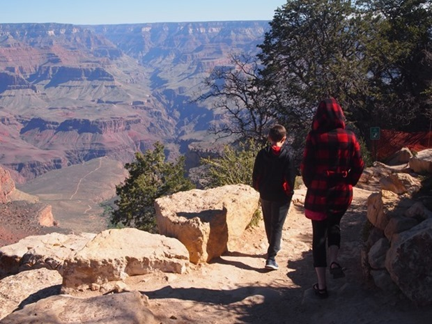 family friendly hike in the grand canyon