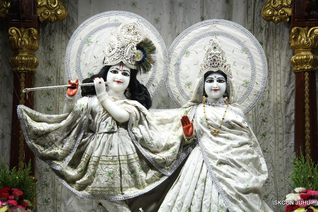 ISKCON Juhu Mangal Deity Darshan on 8th Sep 2016 (25)