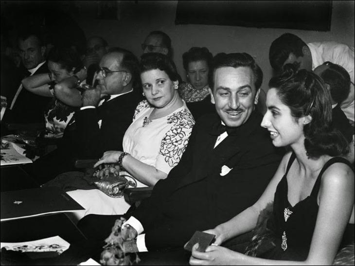 Walt-Disney-com-sua-esposa