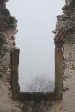 Photo: Cez okno toho veľa nevidno
