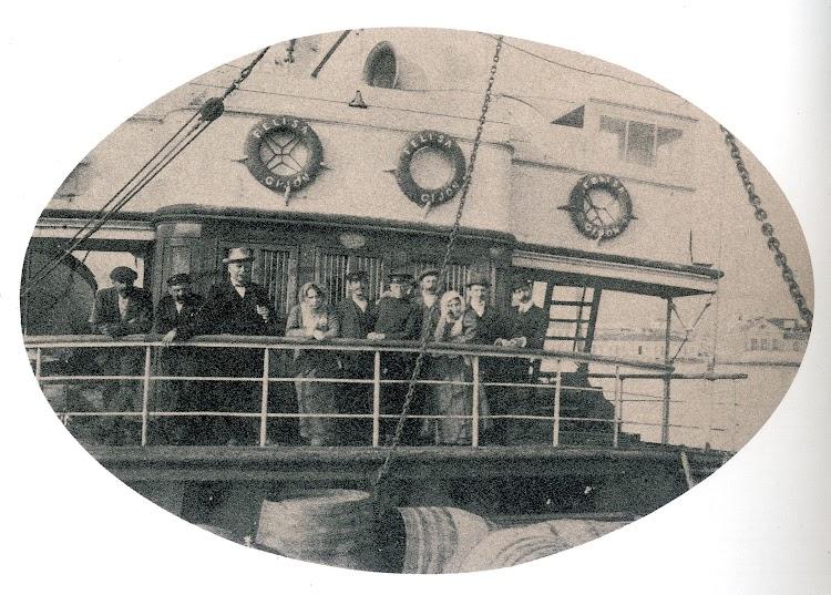 Detalle de la brandada del FELISA. Foto del libro El Puerto de Motril.jpg