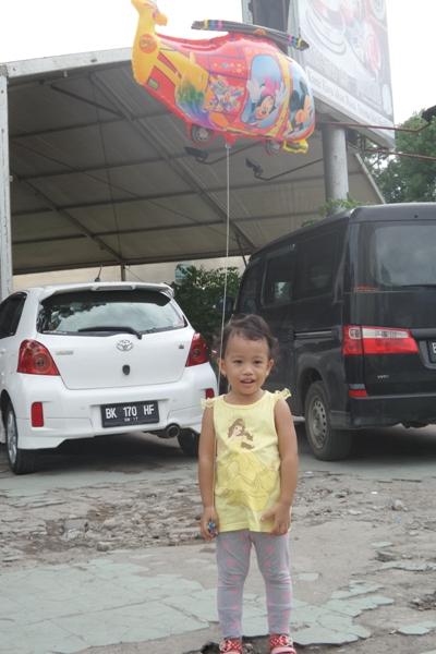 Beli balon di Medan