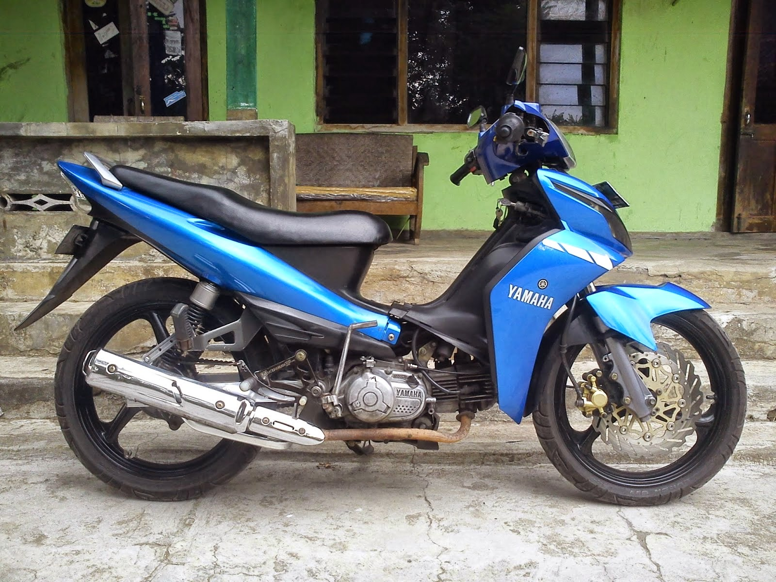 Modif Yamaha F1zr Racing