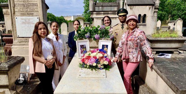 En Francia remozan tumba de la actriz  Barahonera  María Montez