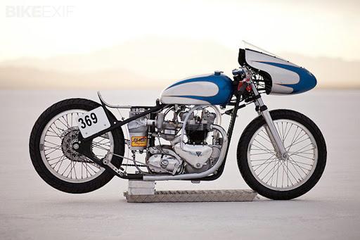 Racer Triumph Pré-Unit présenté par Machines et Moteur spécialiste de la Triumph Bonneville Classique.