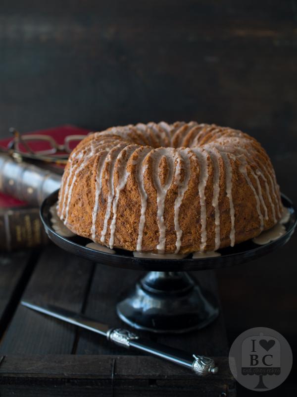 Cinnamon Swirl Zucchini Bundt Cake