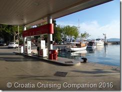 Croatia Cruising Companion - Novi Vinodolski Crane & Fuel