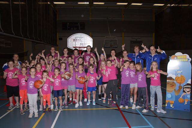 meisjeshappening basket Roeselare