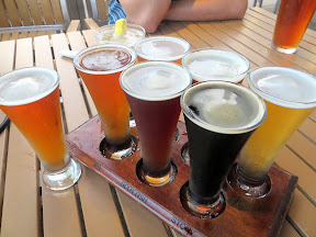Oggi's Pizza and Brewing, San Diego, California, sampler tray, beer sampler