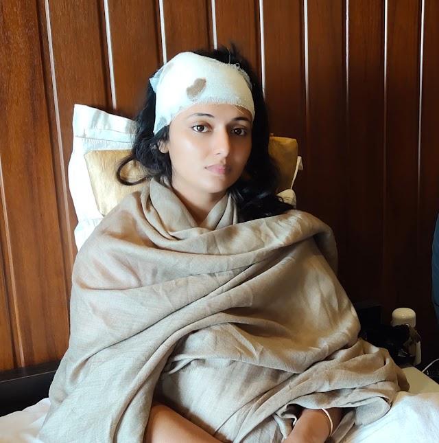 मेरा भारत महान फिल्म की सूटिंग सेट पर चले पत्थर अभिनेत्री घायल