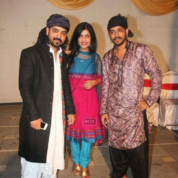 Toshi Sabri, Shibani Kashyap and Sharib Sabri at Sharib-Toshi's Iftaar party and Sufu mehfil. (Pic: Viral Bhayani)