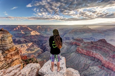 Man on the edge of the Grand Canyon_by_Laurence Norah-3