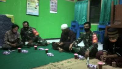 Siapkan Shelter Bagi Pasien OTG, Babinsa Koramil 02 Sedayu Rapat Koordinasi dengan Satgas Covid 19