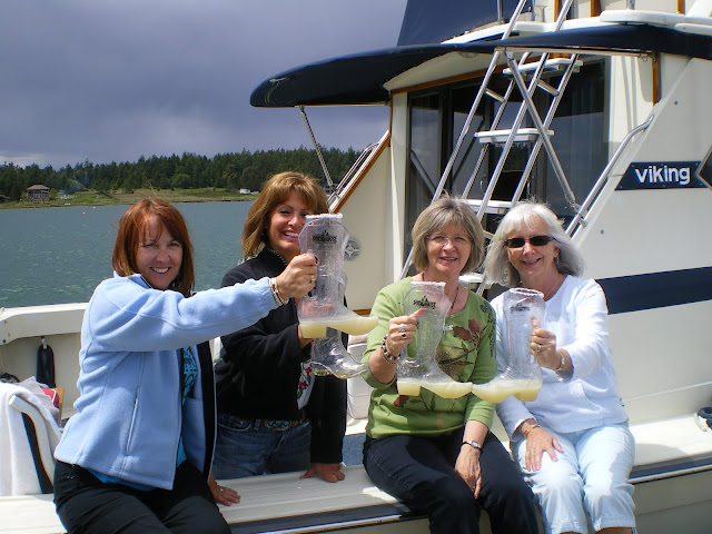2010 Ladies Cruise - cam%2Bdownload%2B093.JPG