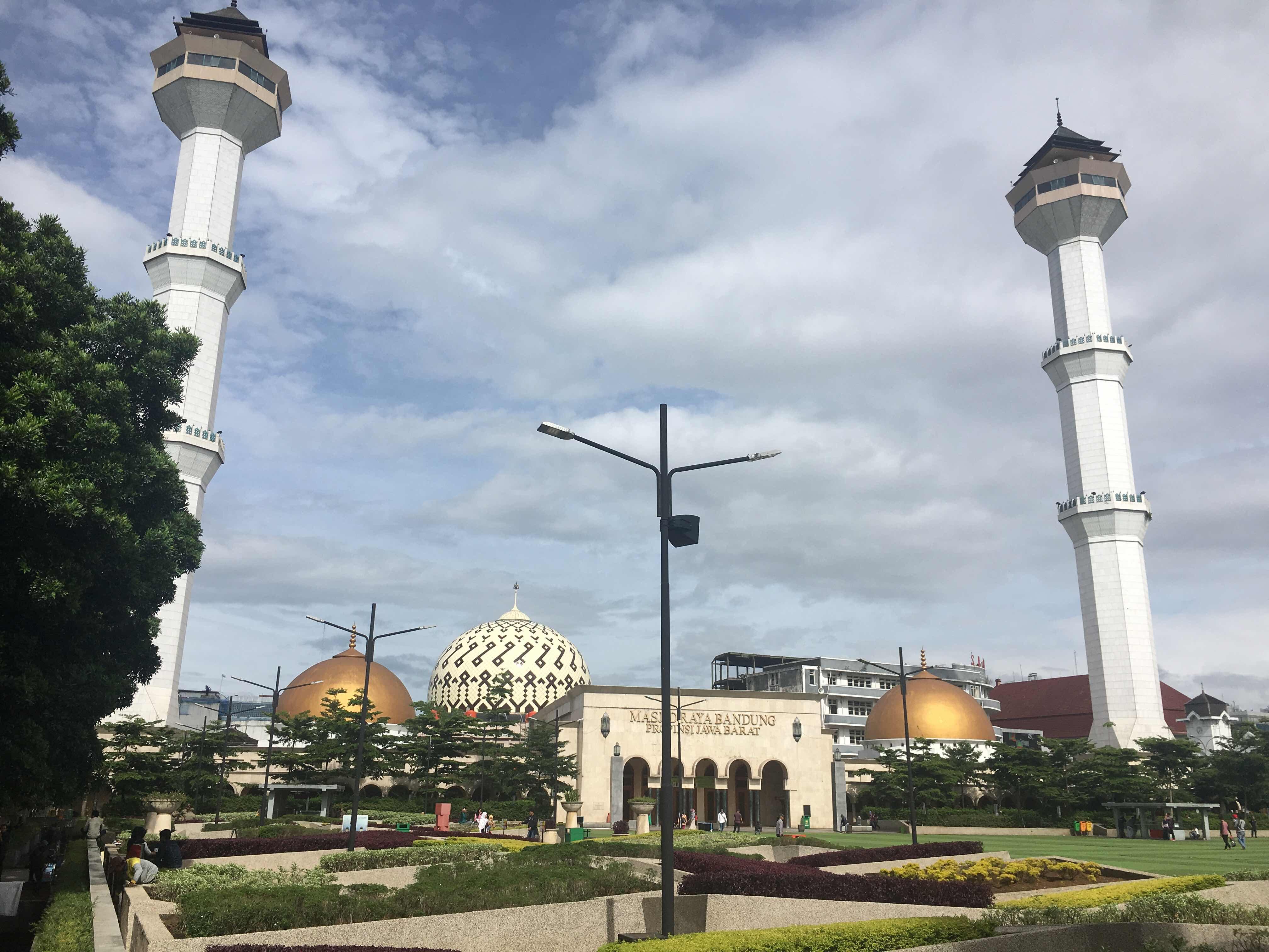 masjid bandung