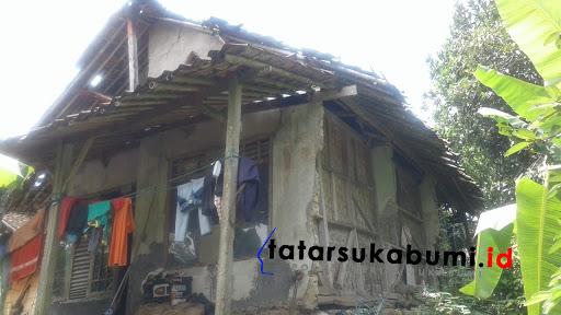 Miris,  Jompo Sakit Huni Rutilahu di Bantargadung Sukabumi
