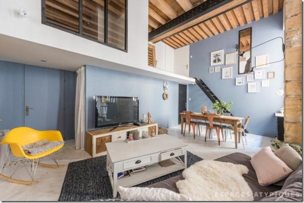 arredare-casa-soppalco-grigio-e-legno-5