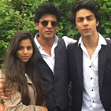 Aryan Khan and Navya Naveli Nanda celebrate their graduation