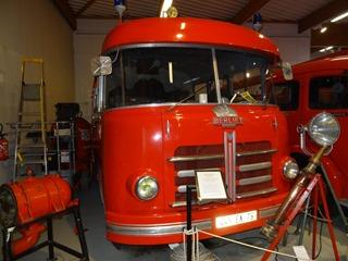 2016.04.29-030 fourgon-pompe grande puissance Berliet 1955
