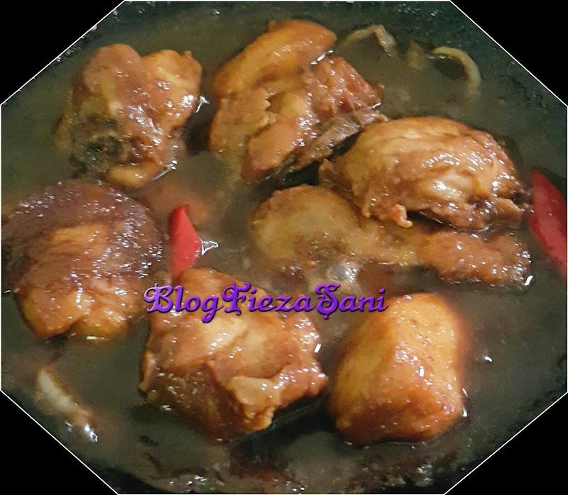 Dapur FiezaSani ~ Ayam Masak Kicap