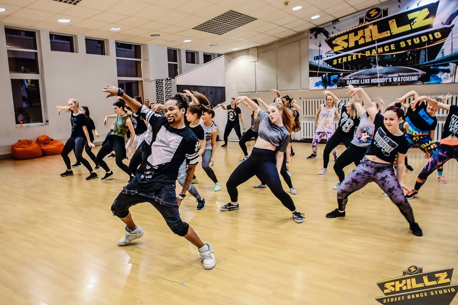 Dancehall workshop with Jiggy (France) - 43.jpg