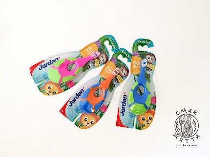 Дитяча зубна щітка Jordan Step для 0-2 років (м`яка)