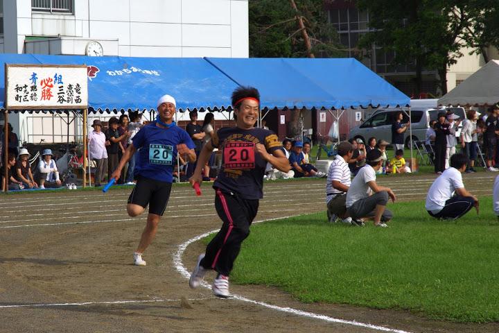 組対抗リレー(1チーム男女24名:小学生〜50歳代)