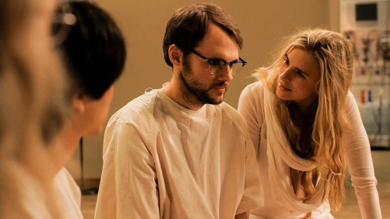 Christopher Denham and Brit Marling in Sound of My Voice