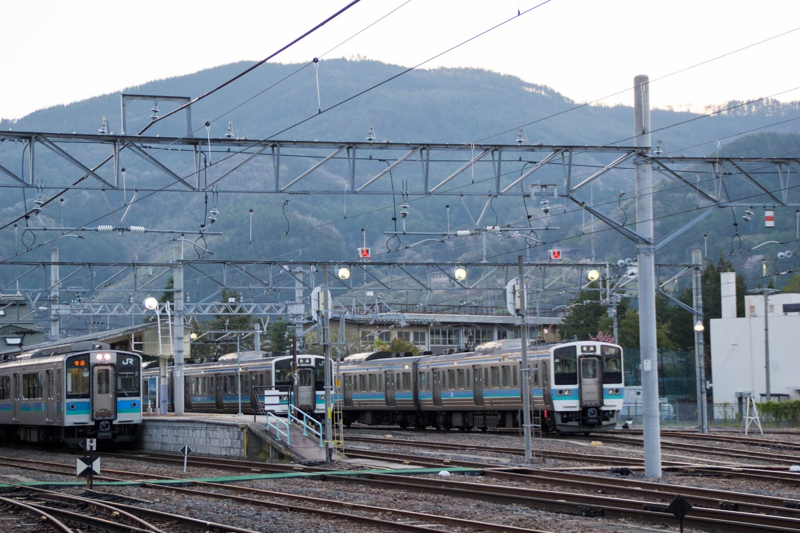 5:23 信濃大町駅