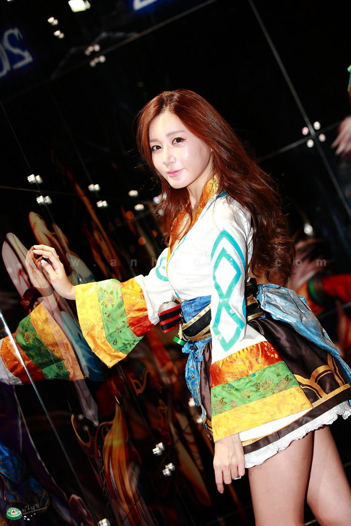 Showgirl Dungeon & Fighter Festival 2012: Han Ji Eun - Ảnh 3