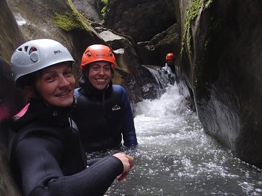 Canyon des moules marinères, massif du Vercors, multitude de toboggans