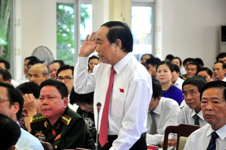 De xuat nhap them 2 phuong vao huyen dao Hoang Sa