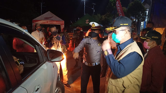 Razia di Perbatasan Sumbar-Riau, Wagub Nasrul Abit Perintahkan Enam Mobil Travel Putar Balik