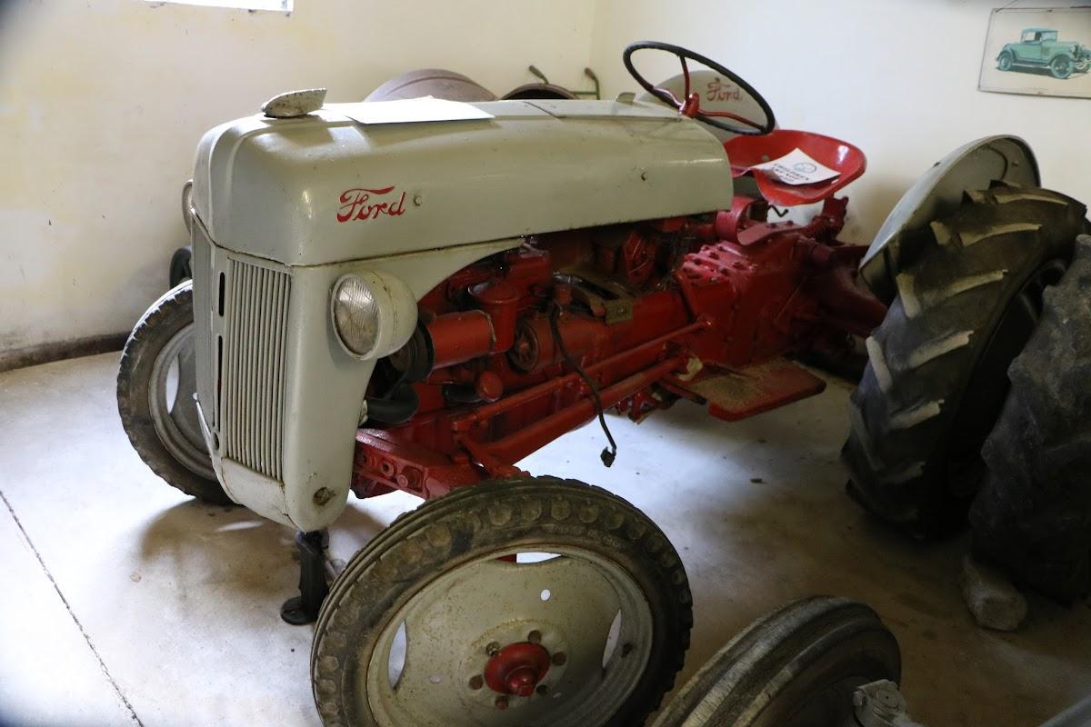 Kilgarvan Motor Museum 0074.JPG