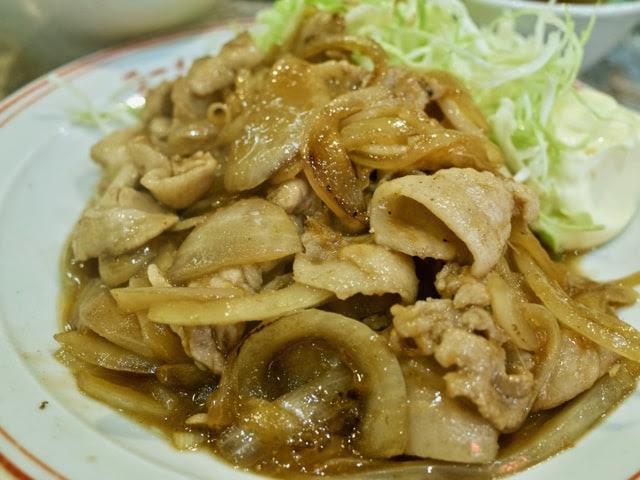 大盛りの豚の生姜焼き