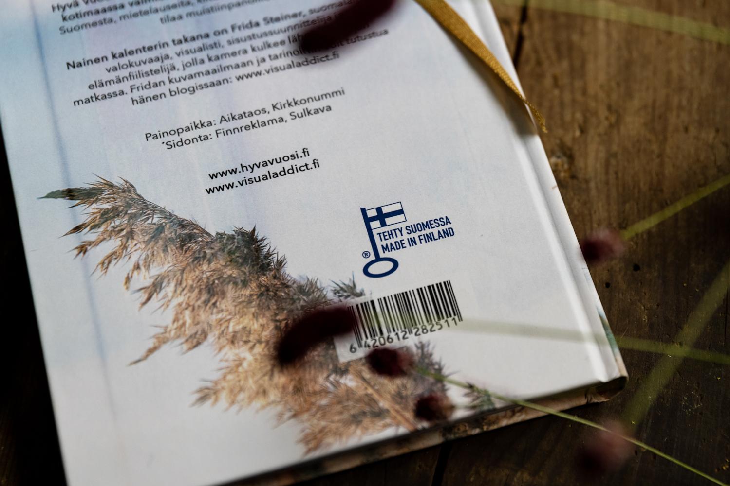 Hyvä Vuosi, kalenteri kalenteri2022, kiitollisuuspäiväkirja, kotimainen, avainlipputuote, kuvakalenteri, mietelause, valokuvaaja, Frida Steiner, Visualaddictfrida, blog, visualaddict, suomalainen