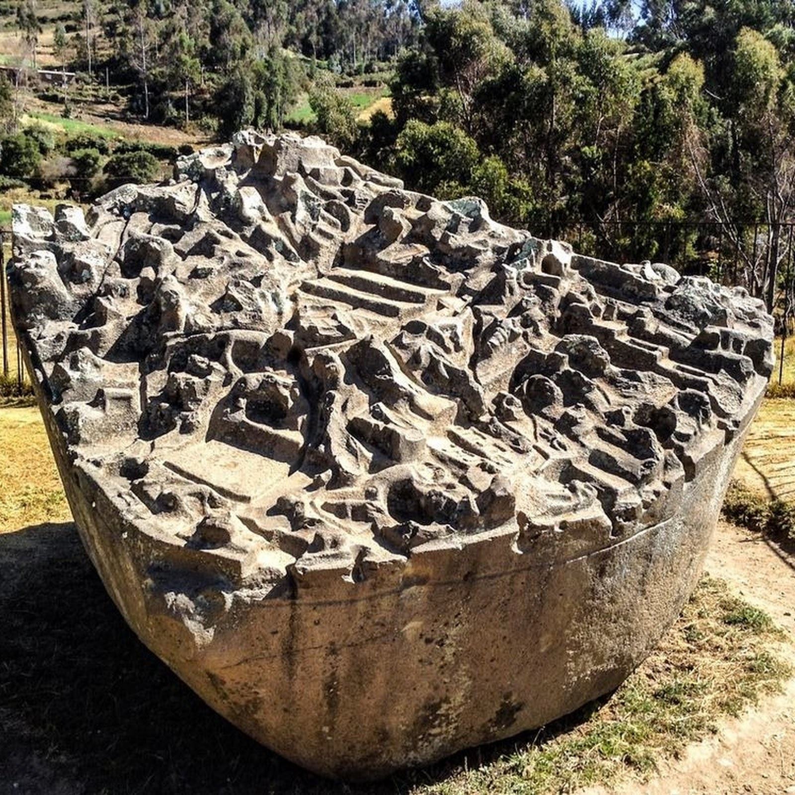 Sayhuite Stone: An Ancient Hydraulic Scale Model of The Inca Empire?