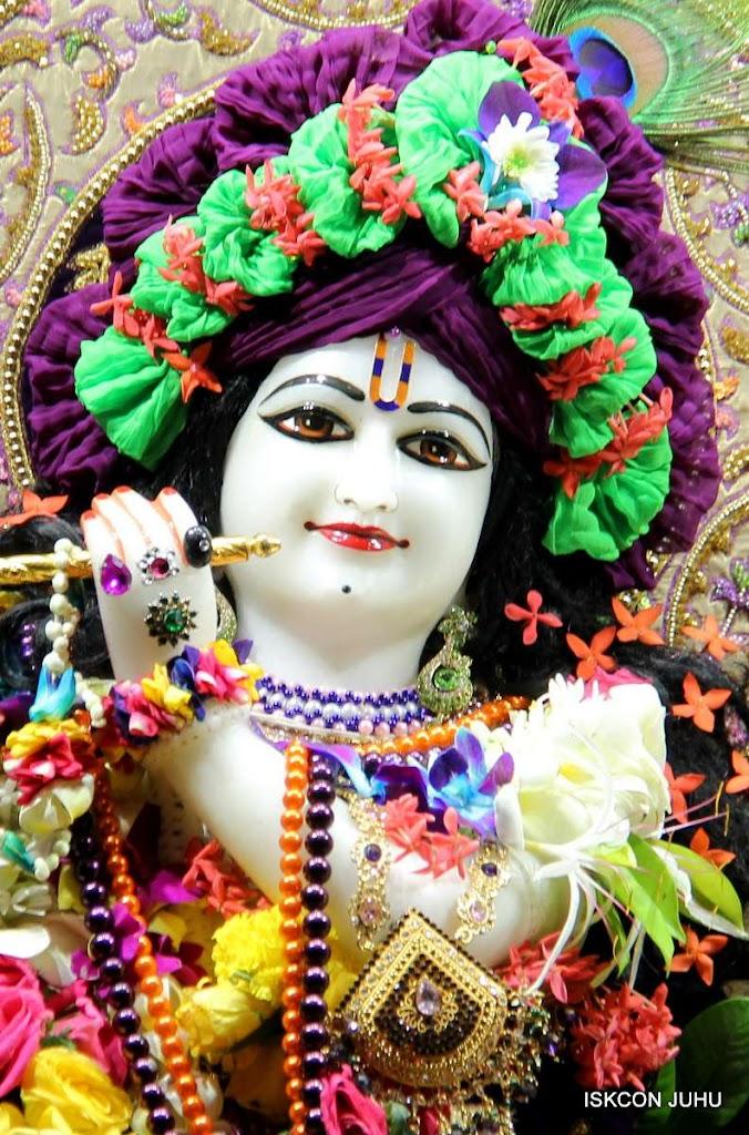 ISKCON Juhu Sringar Deity Darshan 19 Dec 2015 (7)