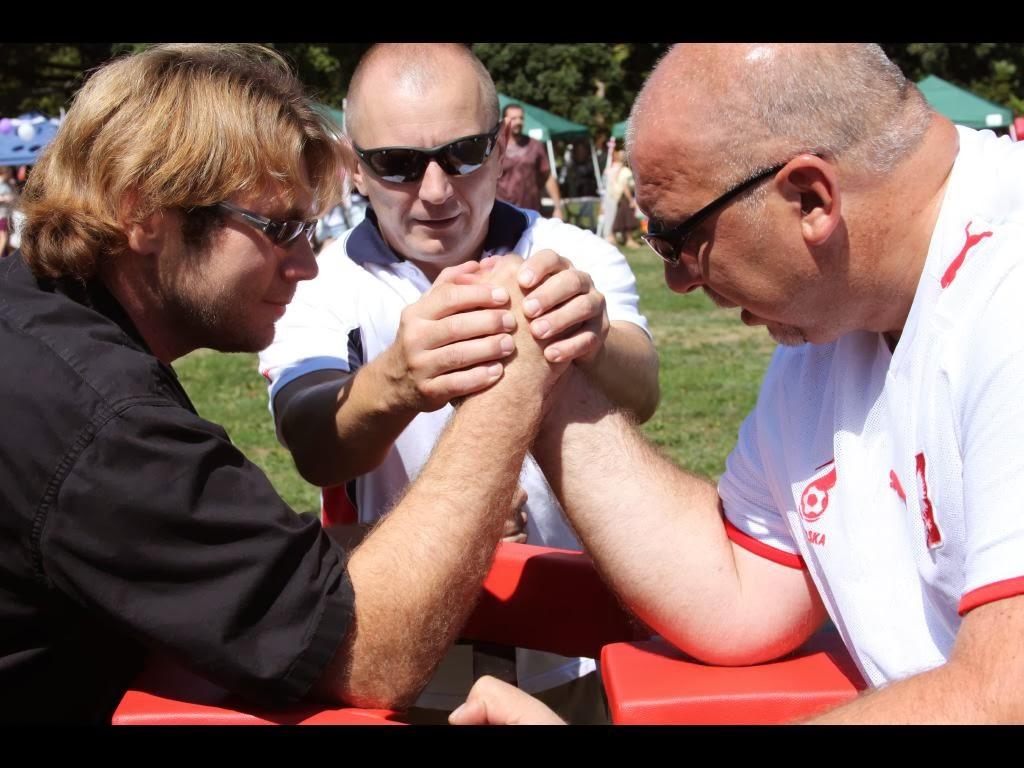 9PiknikStatenIsland2010Jacek Piwowar Jan Wilczewski fight
