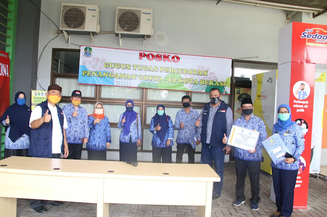 Wali Kota Terima Bantuan dari DP KORPRI Kota Bekasi