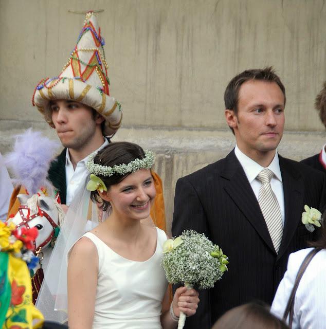Весілля у Кракові, Польща