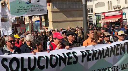 El Poniente se rebela: 1.500 personas piden soluciones al cierre de El Cañarete