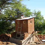 1e toiletgebouw