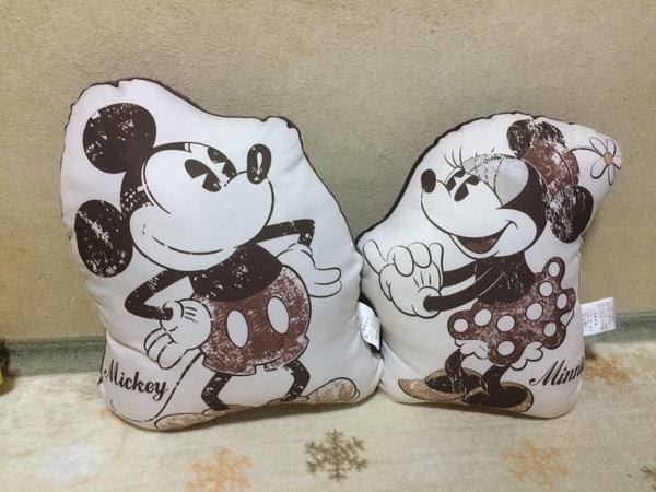 shimamura-cushion-mickey04.jpg