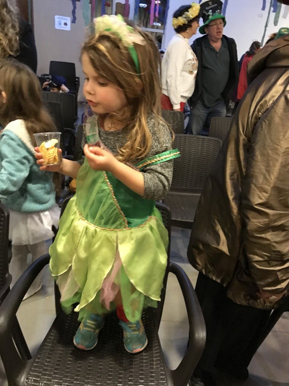 Purim at the Minyan 2017  - IMG_0140.JPG