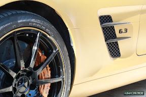 Gold Mercedes SLS 6.3